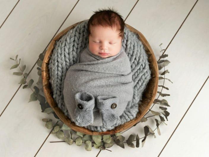 Newborn vauvakuvaus